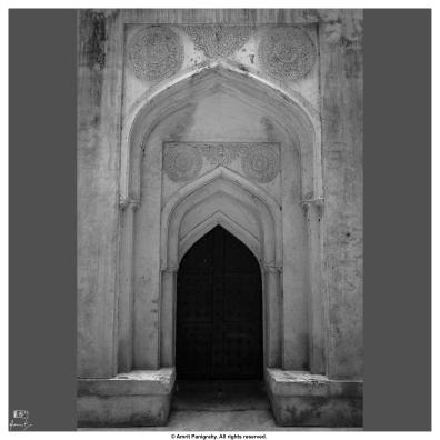 A door in the side alley of Chaukhandi of Hazrat Khalil Ullah in Ashtoor, Bidar. Hazrat Khalil Ullah was spiritual advisor of Mughal Emperor Ahmed Shah.